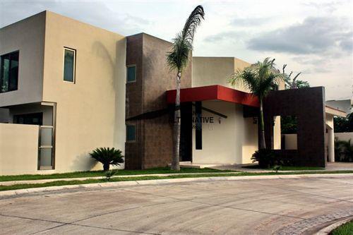 Foto Casa en condominio en Renta en  Cancún Centro,  Cancún  RENTO CASA EN VILLAMAGNA