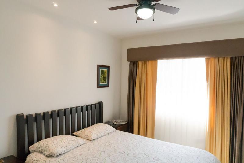 Foto Casa en condominio en Venta en  Brasil,  Santa Ana  Casa en Santa Ana / Gimnasio/ Piscina/ Tenis