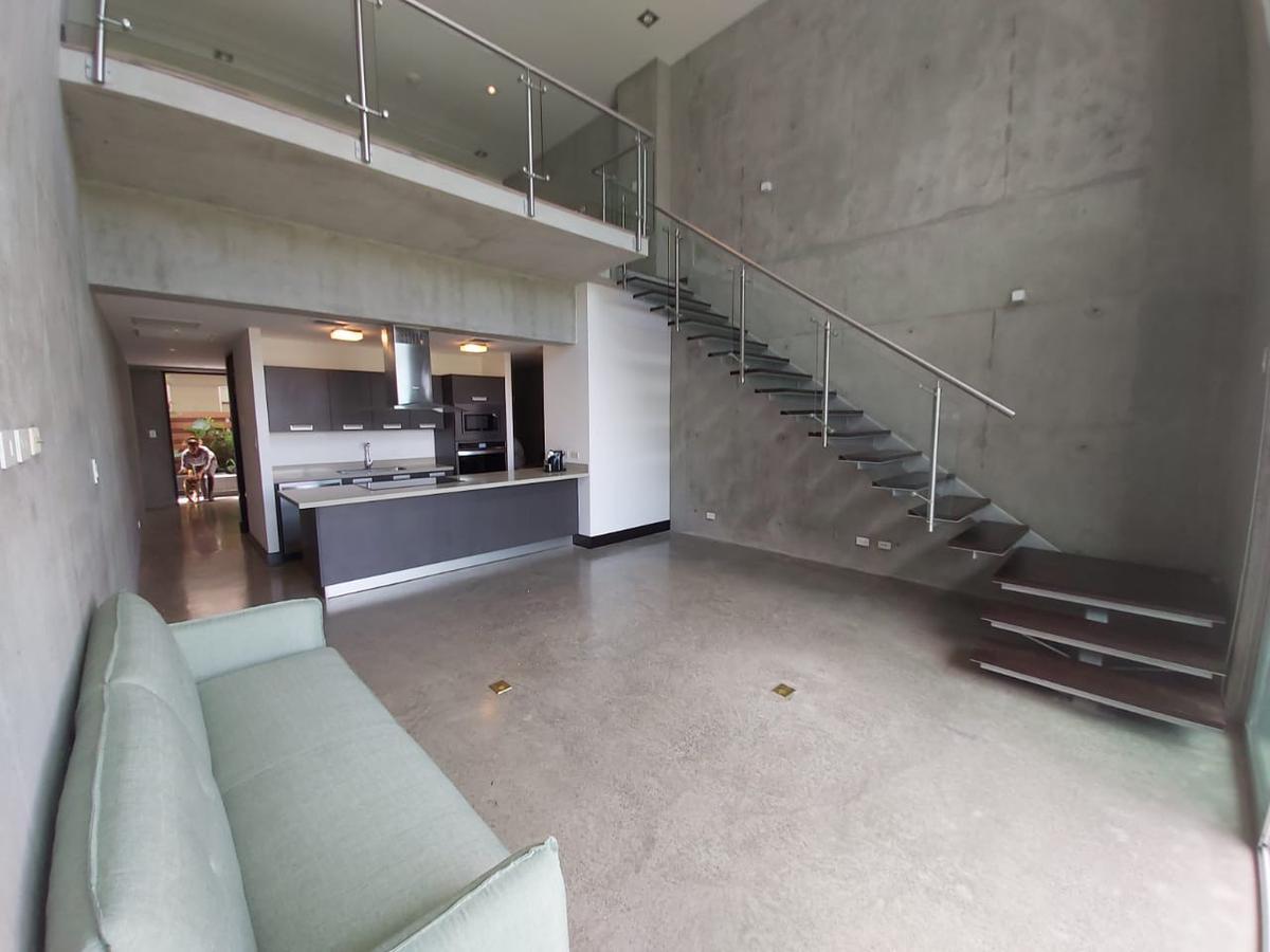 Foto Departamento en Renta en  San Rafael,  Escazu  GARDEN LOFT-AVENIDA ESCAZÚ/ 2 Habitaciones/ Vistas/ Exclusivo
