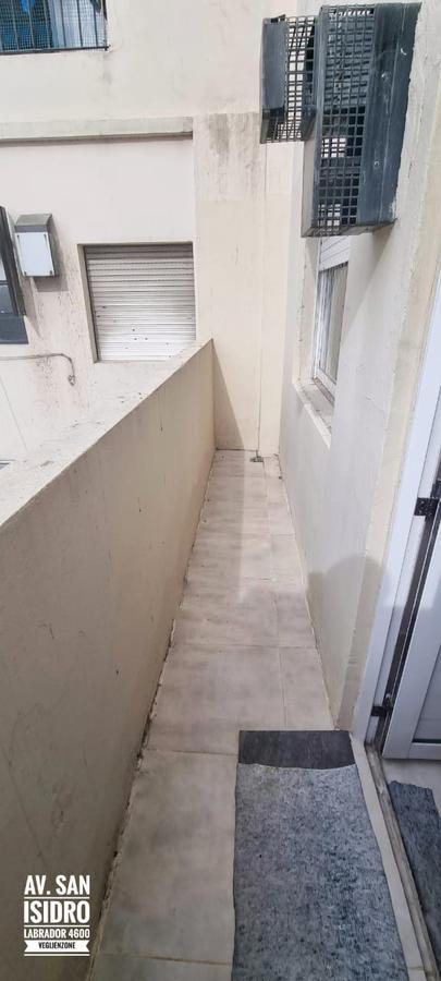Foto Oficina en Venta en  Saavedra ,  Capital Federal  Av. San Isidro al 4600