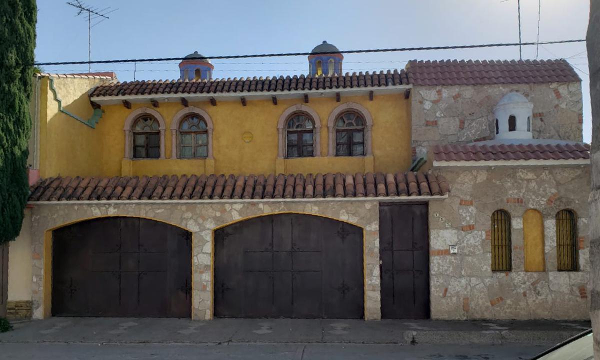 Foto Casa en Venta en  San Luis Potosí ,  San luis Potosí  CASA EN VENTA EN COLINAS DEL PARQUE, SAN LUIS POTOSI