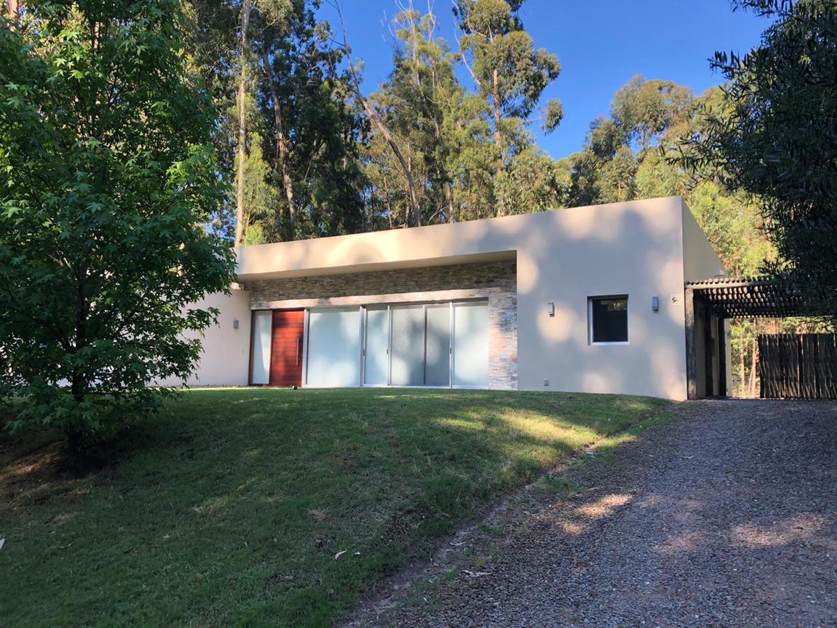 Foto Casa en Alquiler temporario en  Punta del Este ,  Maldonado  Solanas