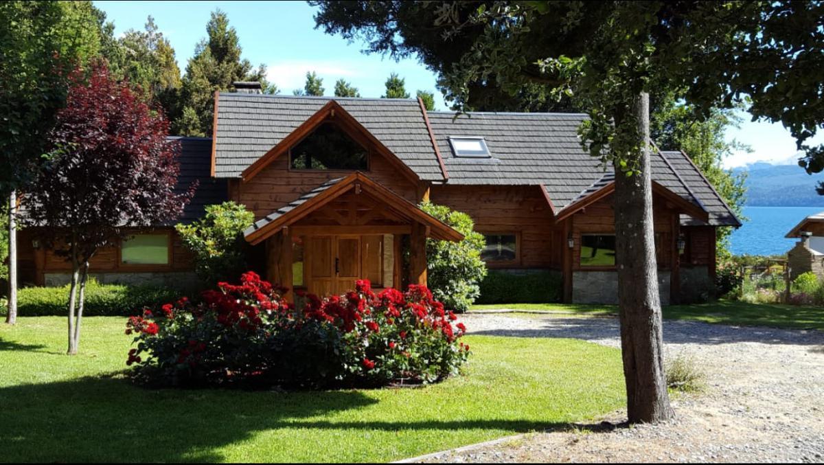 Foto Casa en Venta |  en  Península de San Pedro,  San Carlos De Bariloche  Av. Campanario - Península San Pedro