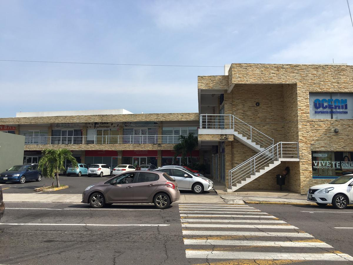 Foto Local en Renta en  Ignacio Zaragoza,  Veracruz  Locales Comerciales en RENTA en planta alta en la PLAZA ZARAGOZA