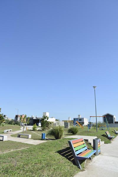 Foto Terreno en Venta en  Docta,  Cordoba Capital  DOCTA - DISTRITO PARQUE - LOTE 360 M2