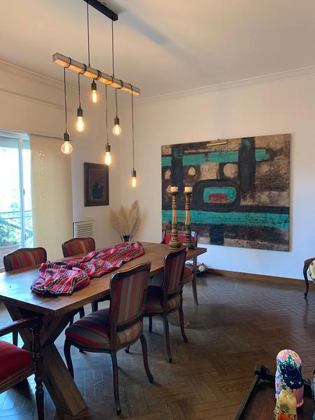 Foto Departamento en Alquiler en  Cordón ,  Montevideo  AExpectacular apartamento de gran estilo, 3dorm y servicio completo, luminoso , silencioso e impecable. Opcion alquiler semi amoblado