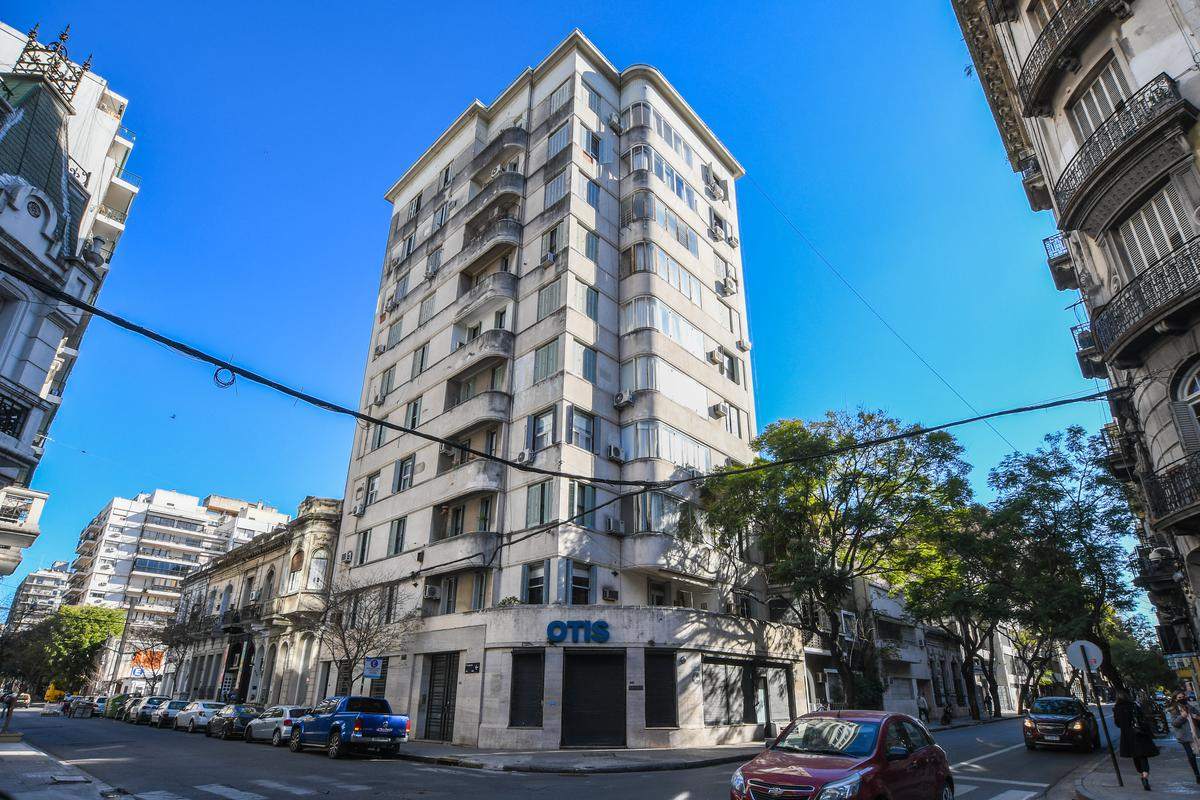 Departamento de 3 dormitorios en venta piso exclusivo categoría Centro Rosario