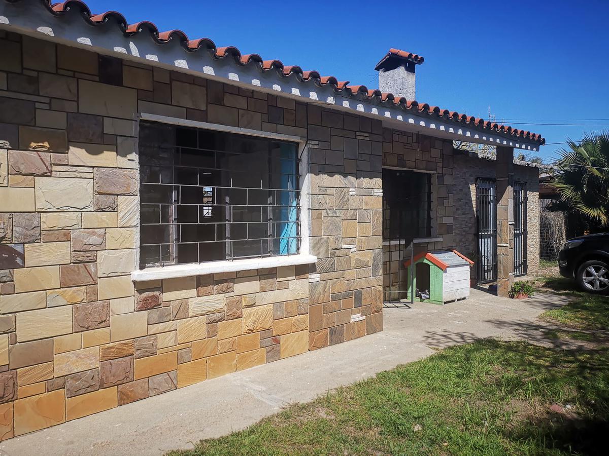 Foto Casa en Venta en  Lomas de Solymar ,  Canelones  sobre Avenida Giannatassio