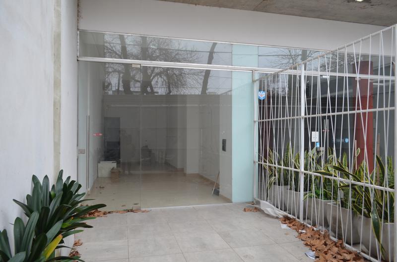 Foto Local en Venta en  Rosario,  Rosario  Jose Ingenieros 854 - Local