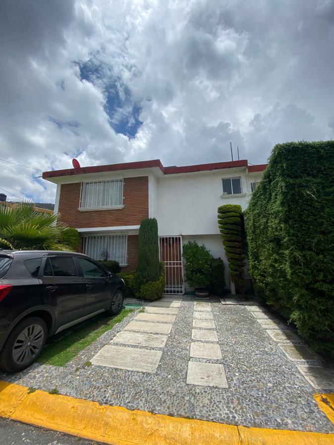 Foto Casa en condominio en Renta en  San Mateo OxtotitlAn,  Toluca  CASA EN RENTA SAN MATEO OXTOTITLAN