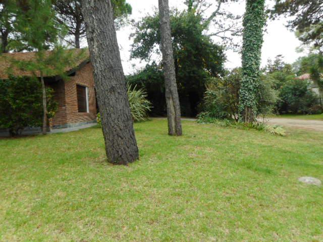 Foto Casa en Venta en  Lasalle,  Pinamar  Juncal E/ Nautilus y Fta. la Victoria