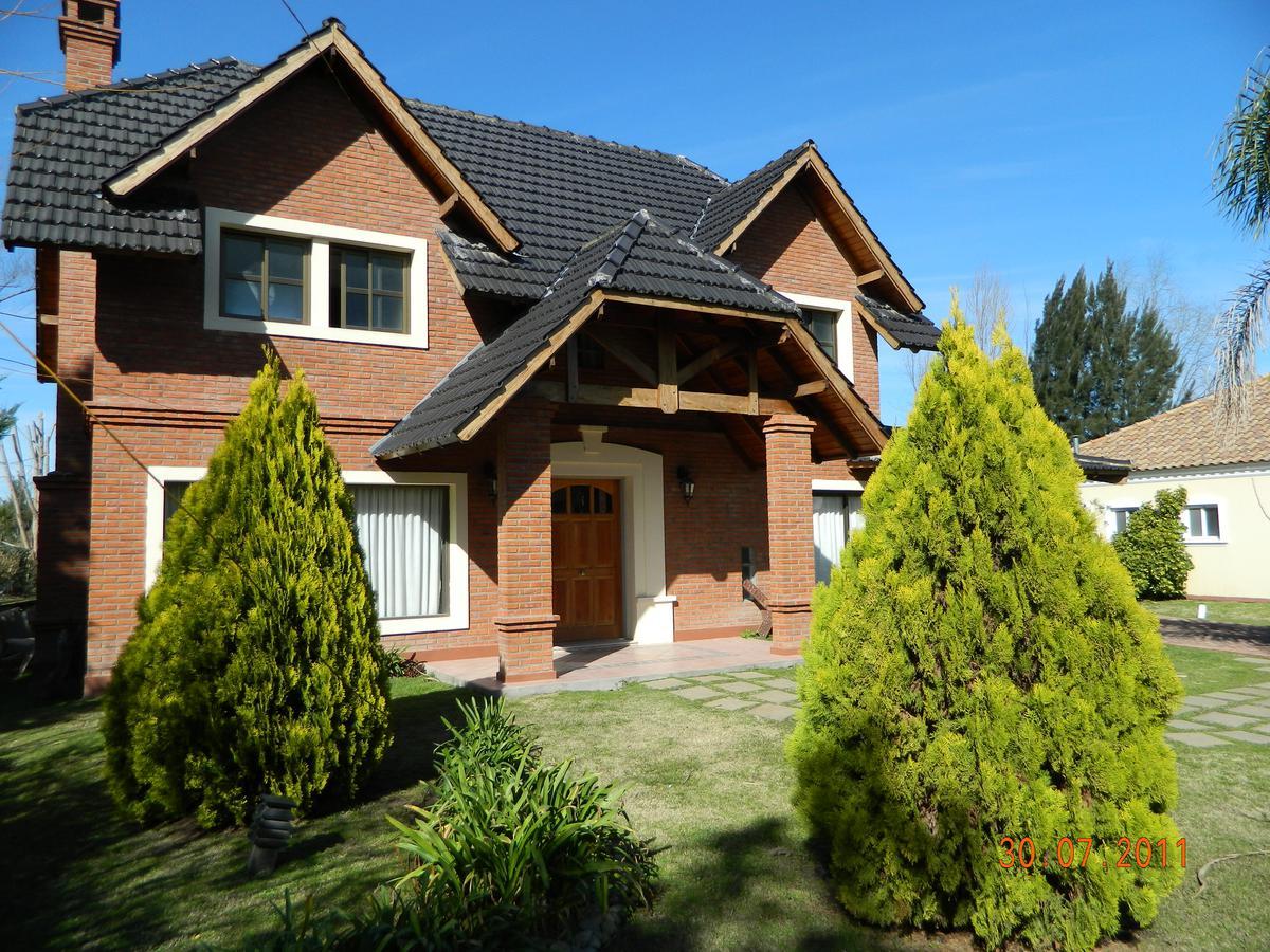 Foto Casa en Venta en  Boca Raton,  Countries/B.Cerrado (Pilar)  Excelente Casa en Country Boca Ratón Pilar