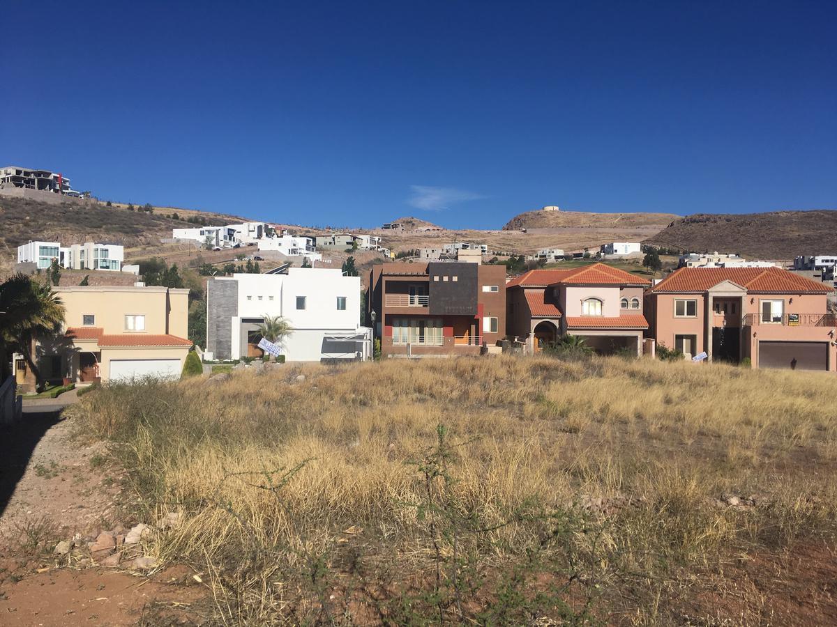 Foto Terreno en Venta en  Chihuahua ,  Chihuahua  CAMPESTRE SAN FRANCISCO , DE OPORTUNIDAD  $8,900.00 /m2.