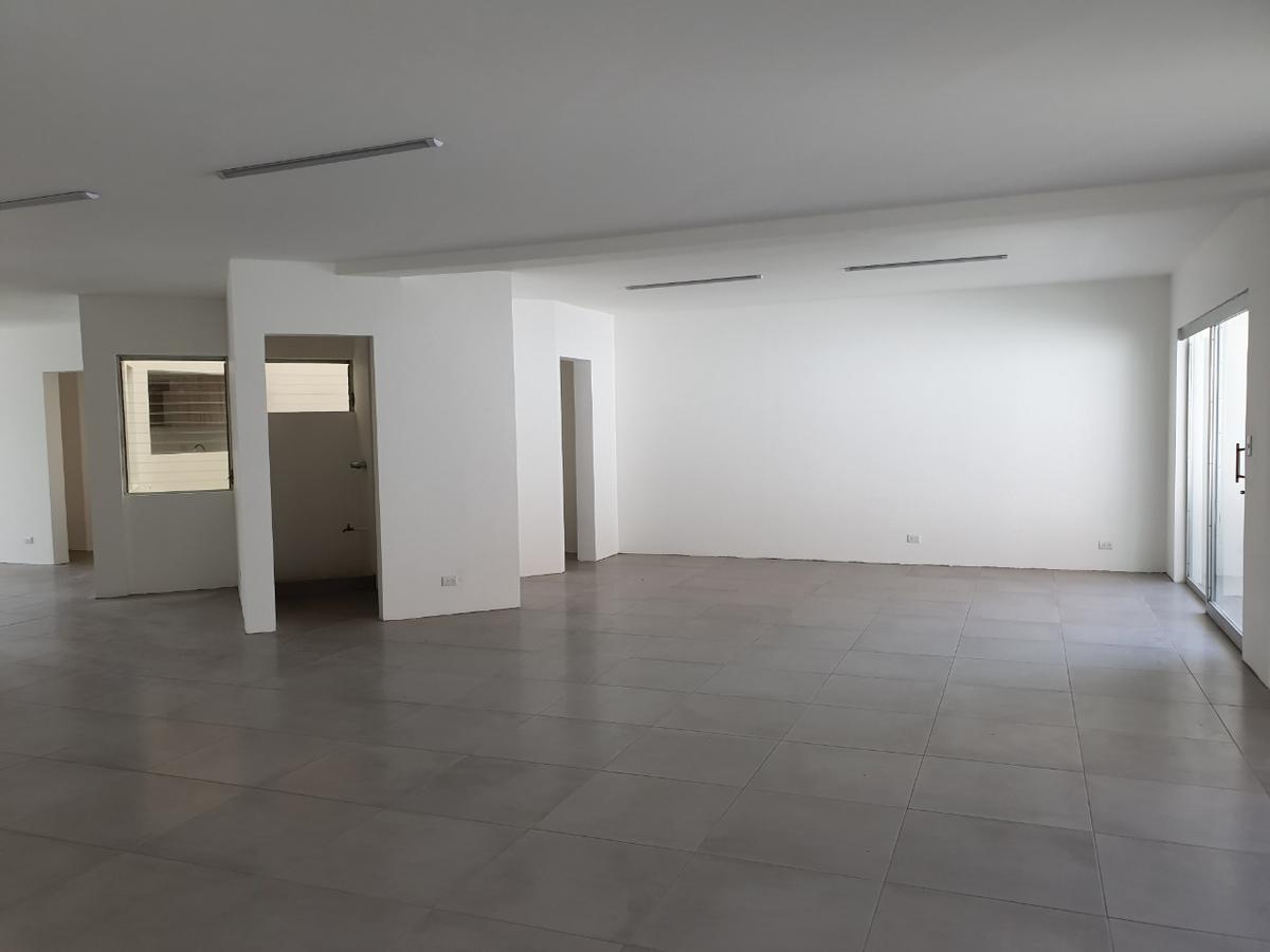 Foto Oficina en Renta en  Mata Redonda,  San José  Sabana Norte / 250 m2 / Recién remodelada