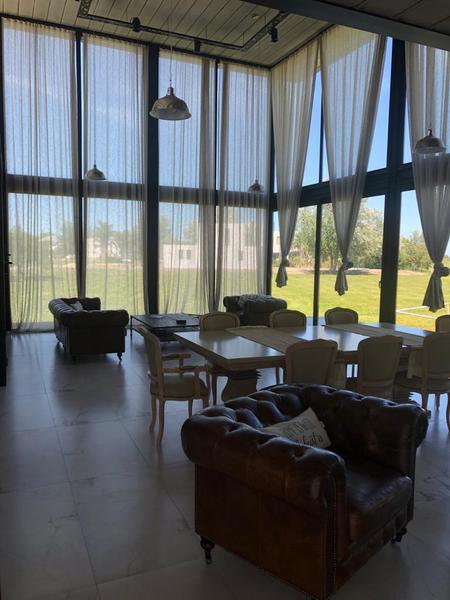 Foto Casa en Alquiler temporario en  San Eliseo Golf & Country,  Countries/B.Cerrado (San Vicente)  Country San Eliseo lote al 400