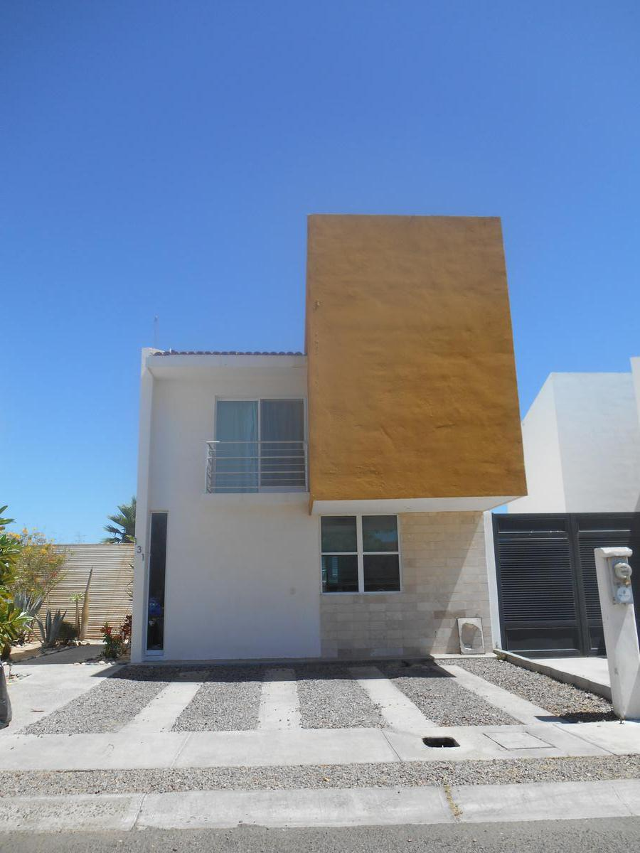 Foto Casa en Renta en  Residencial Marina Sur,  La Paz  Residencial Marina Sur. Av Marina Real .