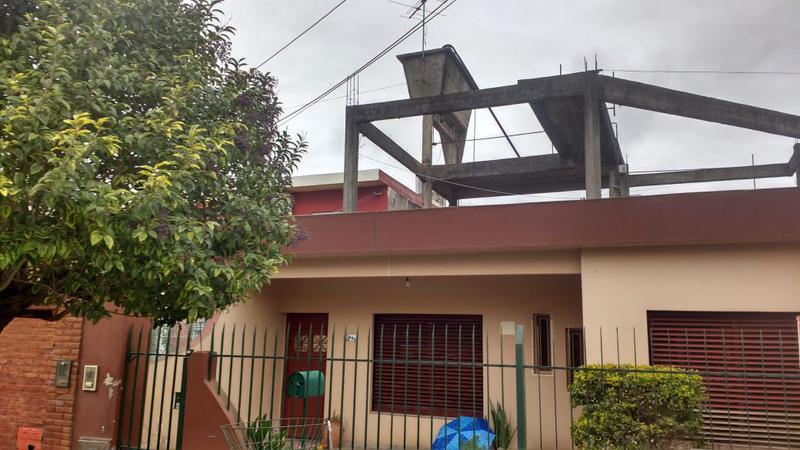 Foto Casa en Venta en  San Miguel,  San Miguel  Francisco Sanchez  y San Nicolas