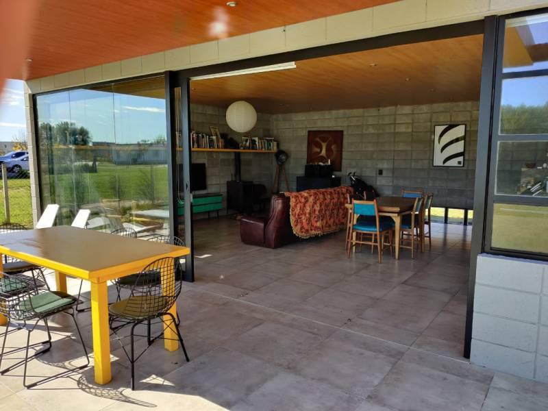 Foto Casa en Venta en  El Canton,  Countries/B.Cerrado (Escobar)  libertad al 300