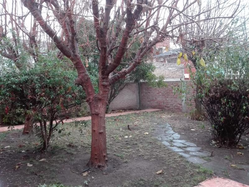 Foto Casa en Venta en  Huilliches,  Capital  PILAR al 3400