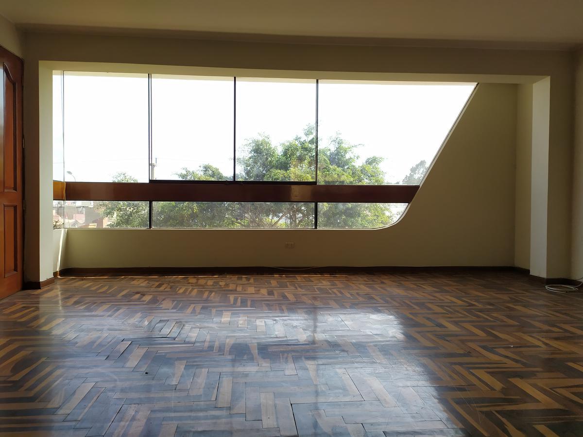 Foto Departamento en Alquiler en  Lima ,  Lima  Av. Los Ingenieros, La Molina