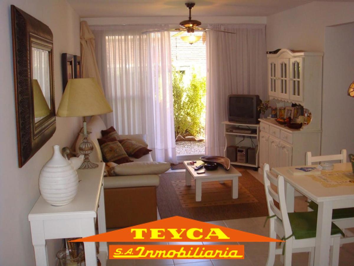 Foto Departamento en Venta en  Sur Playa,  Pinamar  De las Dunas 819 esq. Simbad el Marino