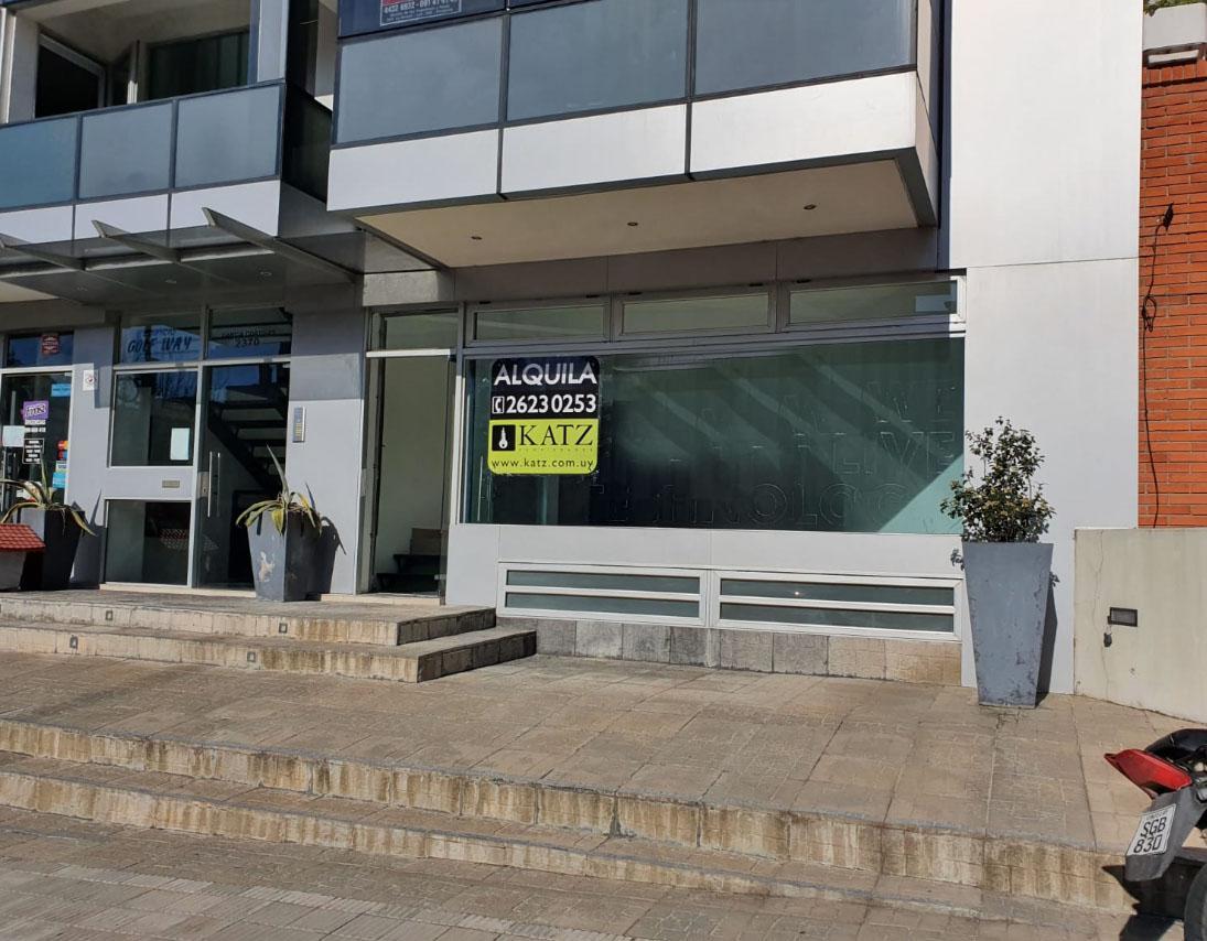 Foto Oficina en Venta en  Punta Carretas ,  Montevideo  García Cortinas esq Ellauri, con renta !!
