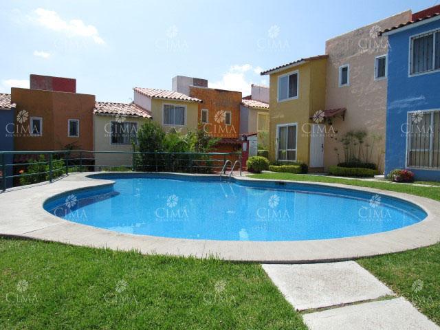 Foto Casa en condominio en Renta en  Loma del Tzompantle,  Cuernavaca  Renta Casa en Condominio en Lomas del Tzompantle - R106