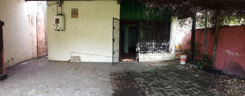 Foto Casa en Venta en  Castelar Sur,  Castelar  Bernardo de Irigoyen 859. Moron