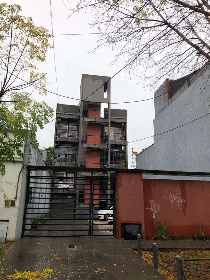 Foto Departamento en Venta en  Quilmes Oeste,  Quilmes  Int. Olivieri al 400