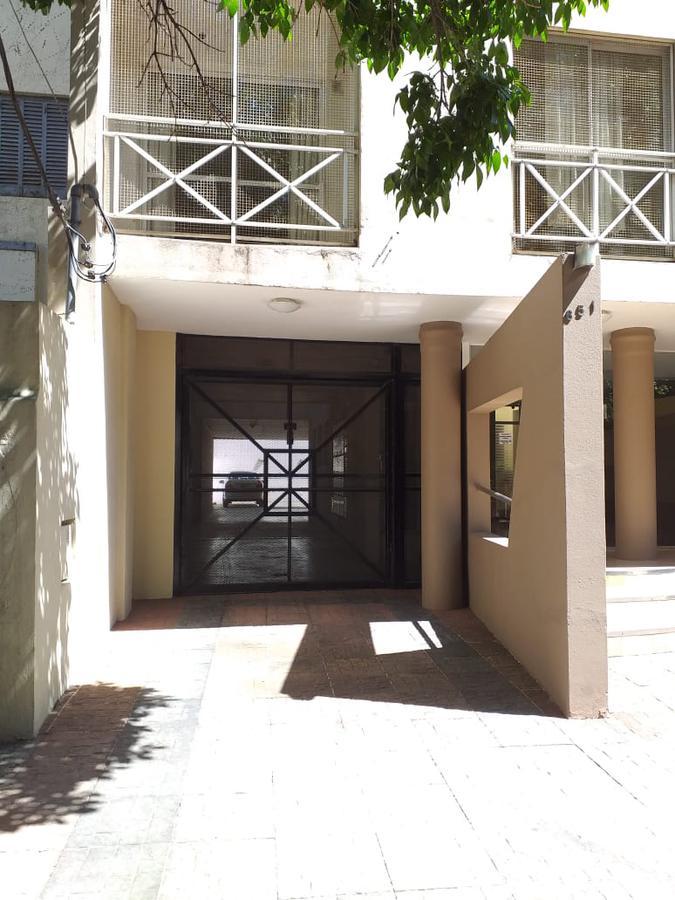Foto Cochera en Venta en  Villa Saenz Peña,  Tres De Febrero  Springolo N°651  N°1