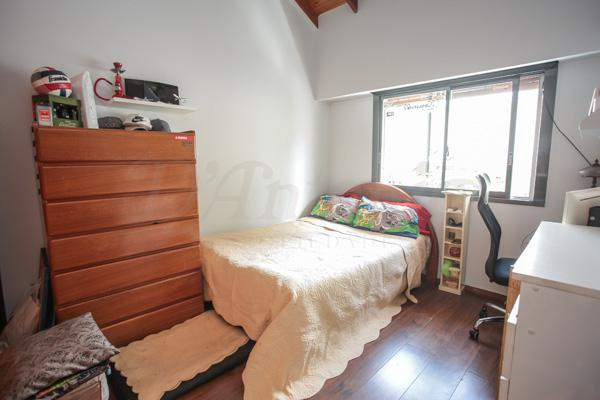Foto Casa en Venta en  Parque Chacabuco ,  Capital Federal  Albarracin al 1400