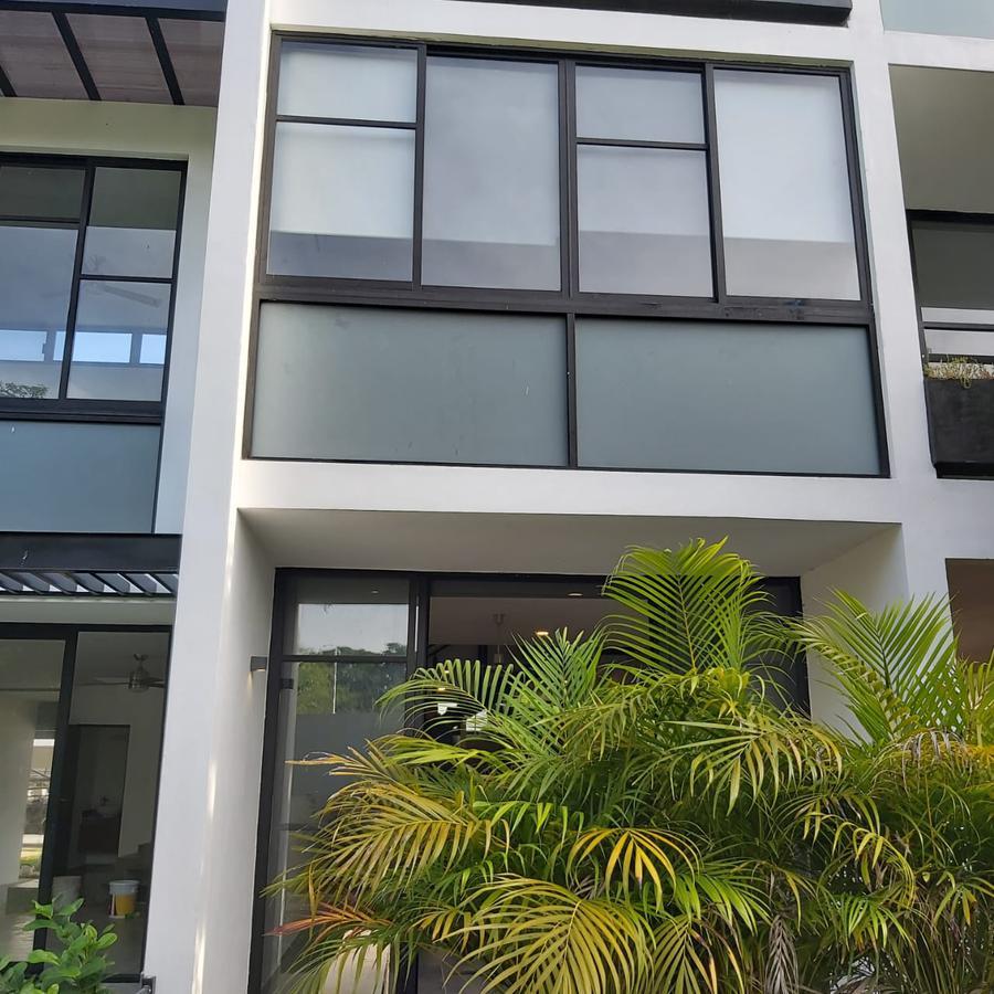 Foto Departamento en Renta en  Mérida ,  Yucatán  Departamento renta en privada con amenidades- en carretera Mérida- Progreso