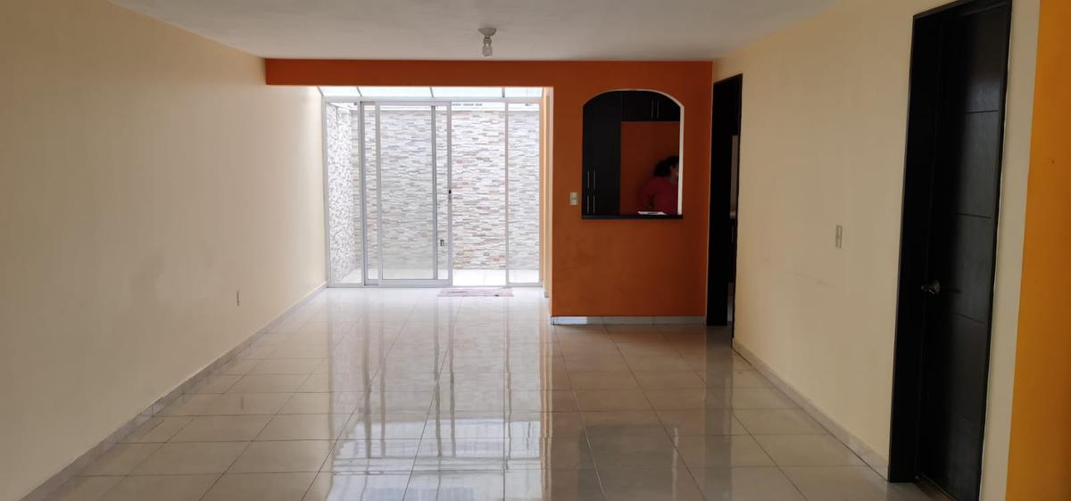 Foto Casa en condominio en Venta en  San Mateo Otzacatipan,  Toluca  Fuentes de San José