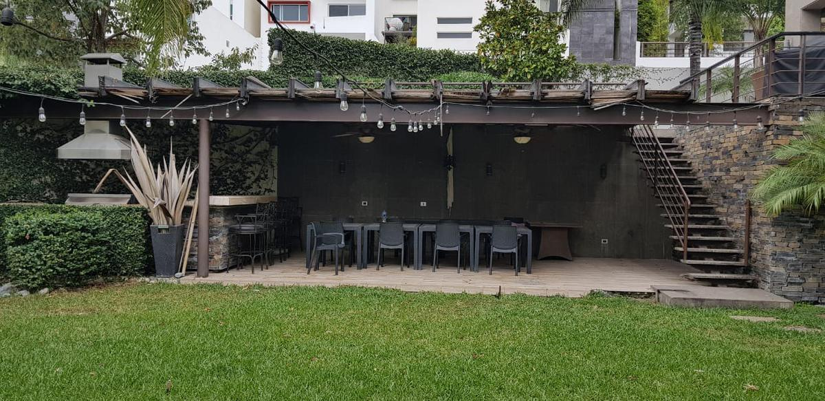 Foto Casa en Venta en  Lomas del Hipico 1 Sector,  Monterrey  Casa en Venta en Lomas del Hípico - Zona Sur (RB)