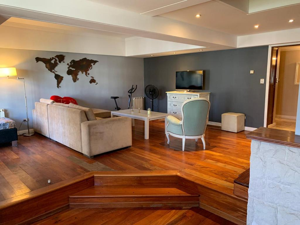 Foto Casa en Alquiler temporario en  Chauvin,  Mar Del Plata  MITRE 3900 Y FORMOSA