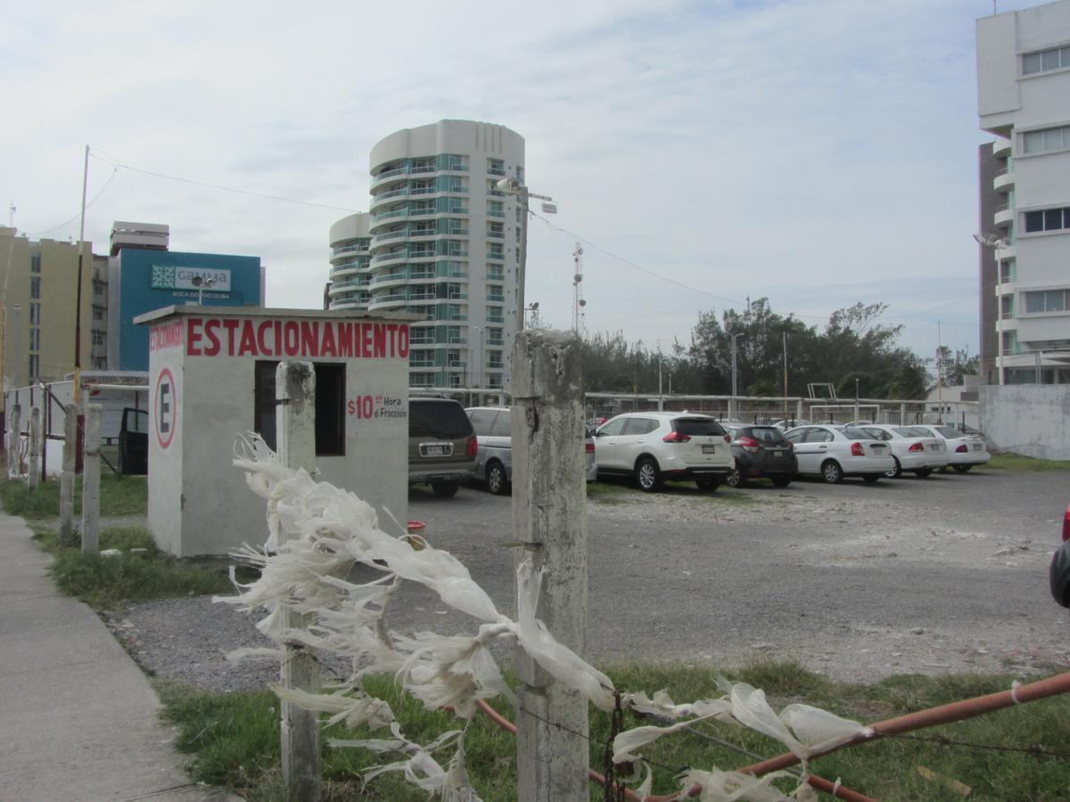 Foto Terreno en Venta en  Fraccionamiento Las Americas,  Boca del Río  Fracc. Las Américas, Boca del Rio
