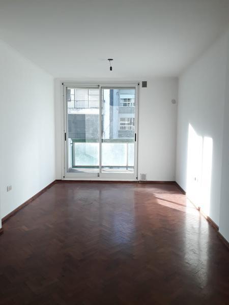 Foto Departamento en Alquiler en  Centro,  Rosario  Mitre 1422 6 A