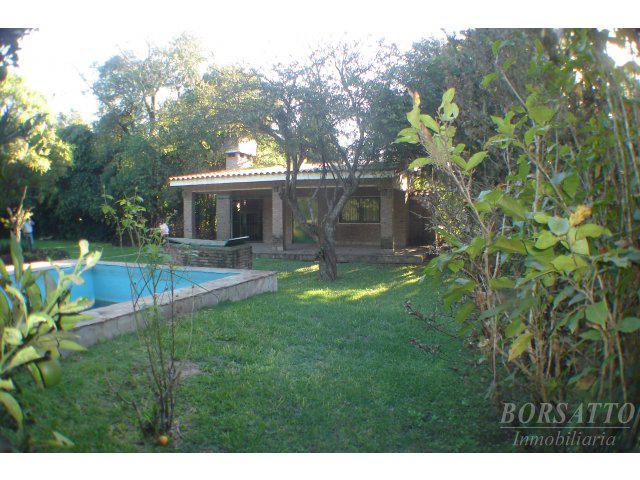 Foto Casa en Venta en  Funes ,  Santa Fe  Los Pinos entre Espora y Jose Ingenieros
