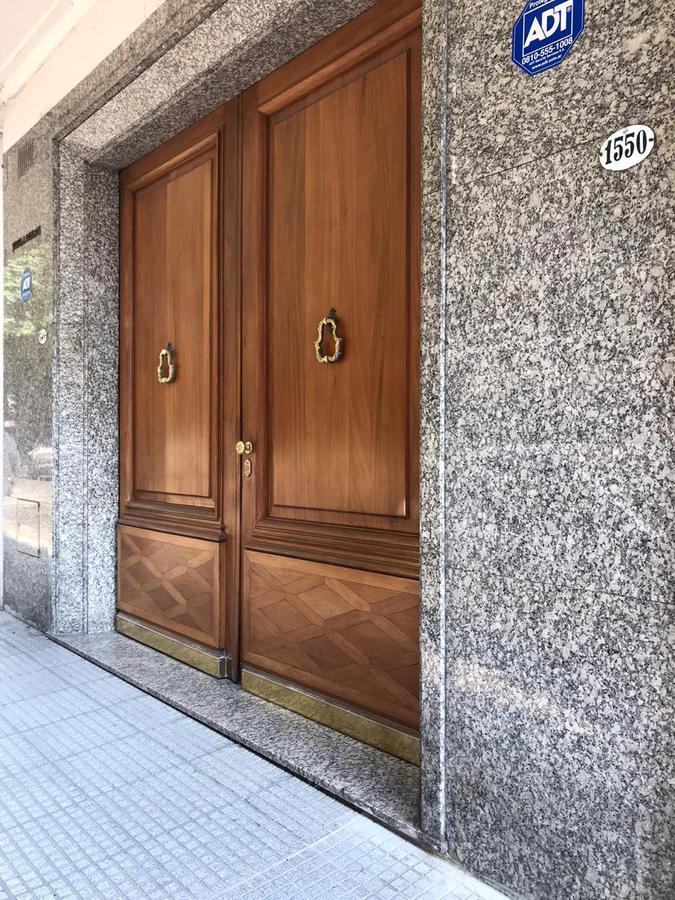 Foto Departamento en Venta en  Recoleta ,  Capital Federal  Av. Alvear al 1500