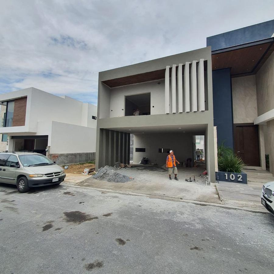 Foto Casa en Renta en  Fraccionamiento Catujanes,  Monterrey  Privada Catujanes