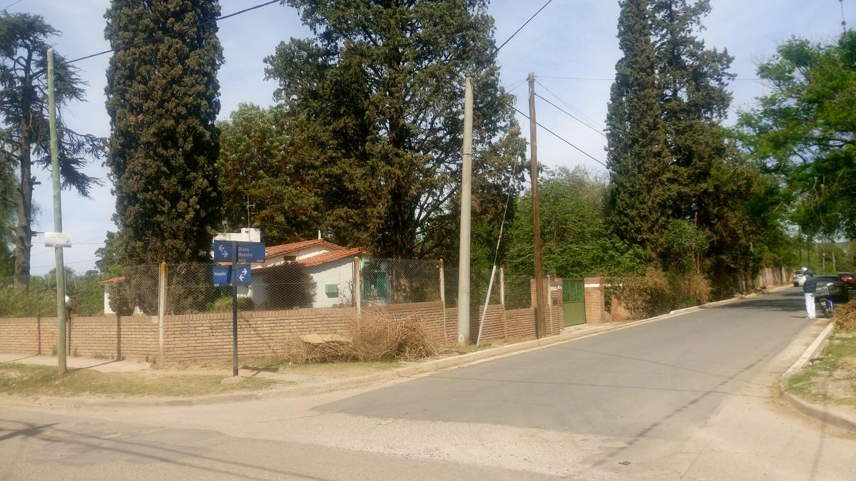 Foto Terreno en Venta en  Arguello,  Cordoba  Divino Maestro al 8300