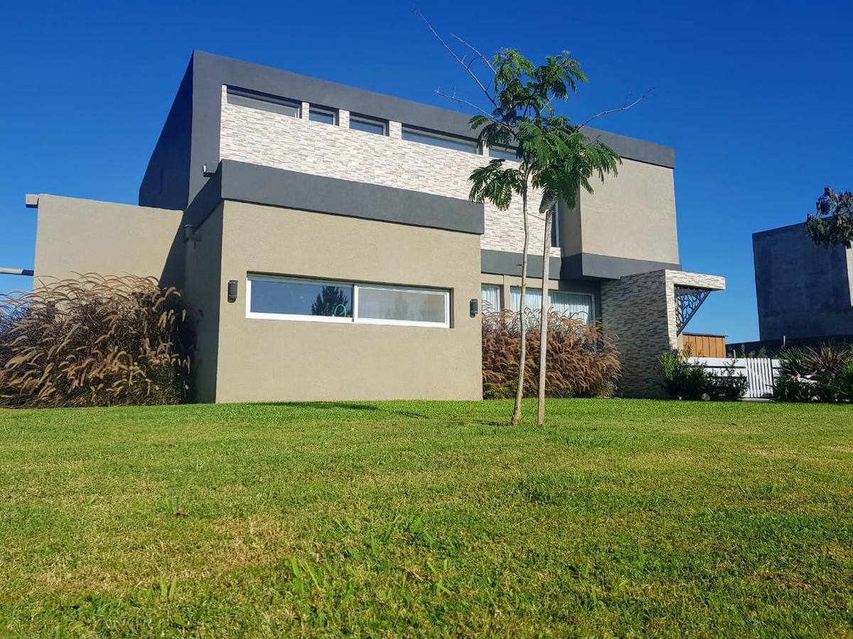 Foto Casa en Venta en  San Matias,  Countries/B.Cerrado (Escobar)  San Matías área 1