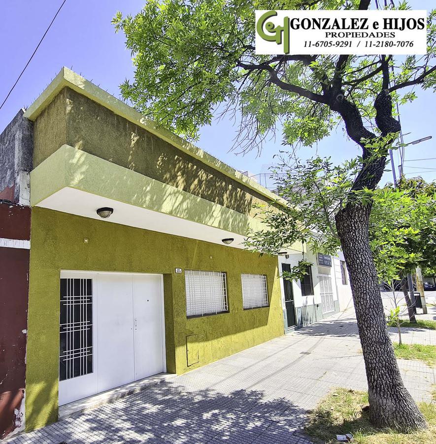 Foto Casa en Venta |  en  Parque Chacabuco ,  Capital Federal  Saraza 1874