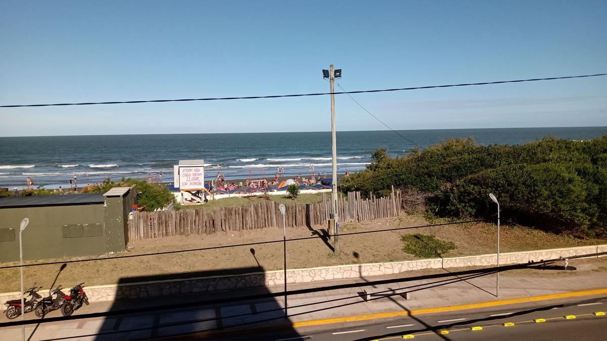 Foto Departamento en Venta en  San Bernardo Del Tuyu ,  Costa Atlantica  Av Costanera 2658 - 2º 9