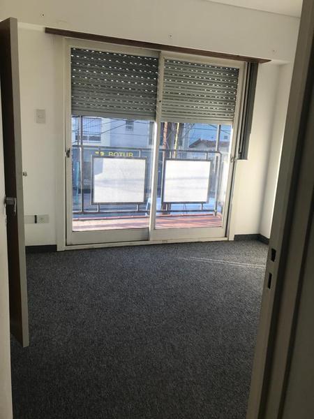 Foto Departamento en Alquiler en  Temperley Este,  Temperley  Av. Eva Peron al 400