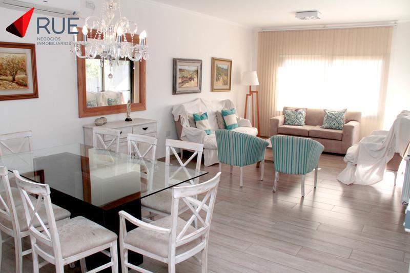 Foto Casa en Venta en  Tejas ll,  Cordoba Capital  Casa en venta  de 3 Dormitorios en Tejas de la Candelaria (Tejas 2) Con Pileta