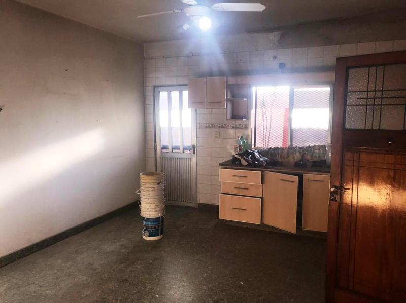 Foto Departamento en Alquiler en  Lomas de Zamora Oeste,  Lomas De Zamora  Frias 207