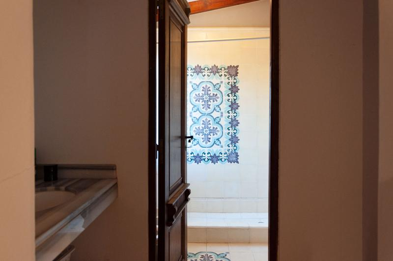 Foto Casa en Venta en  Yerba Buena,  Yerba Buena  Alt. Av. Aconquija 2700, Pje. sin nombre