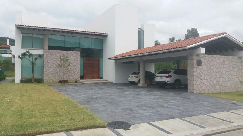 Foto Casa en condominio en Venta |  en  Morelia ,  Michoacán  Casa en venta en Campo de Golf Tres Marías