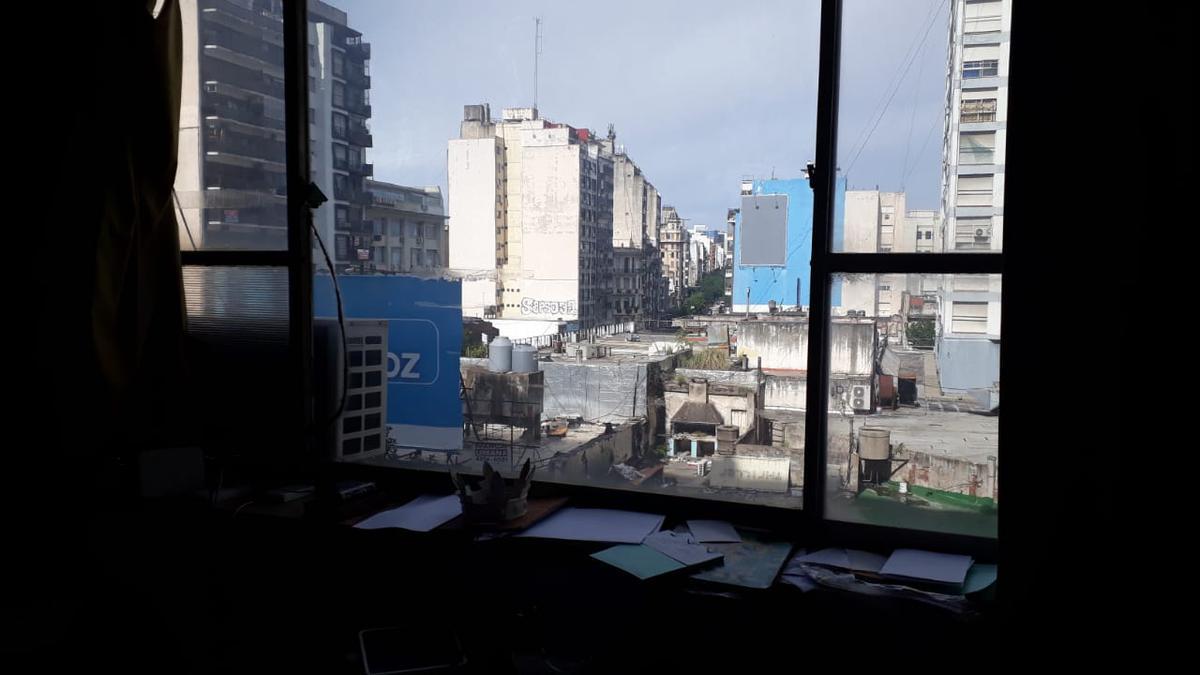 Foto Oficina en Alquiler en  Once ,  Capital Federal  Av. Pueyrredon 400 y Av. Corrientes